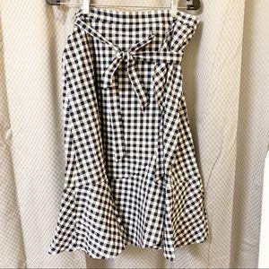 NWT Black & White Ruffled Skirt